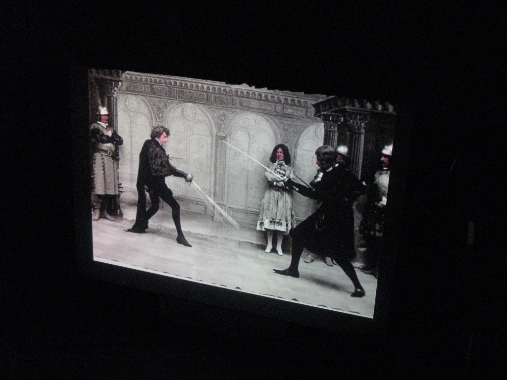 Sarah Bernhardt in the duel scene from Hamlet (1900).