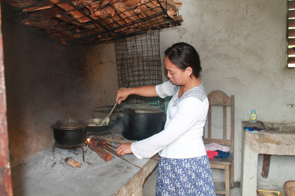 Threese cooking in the Dirty Kitchen