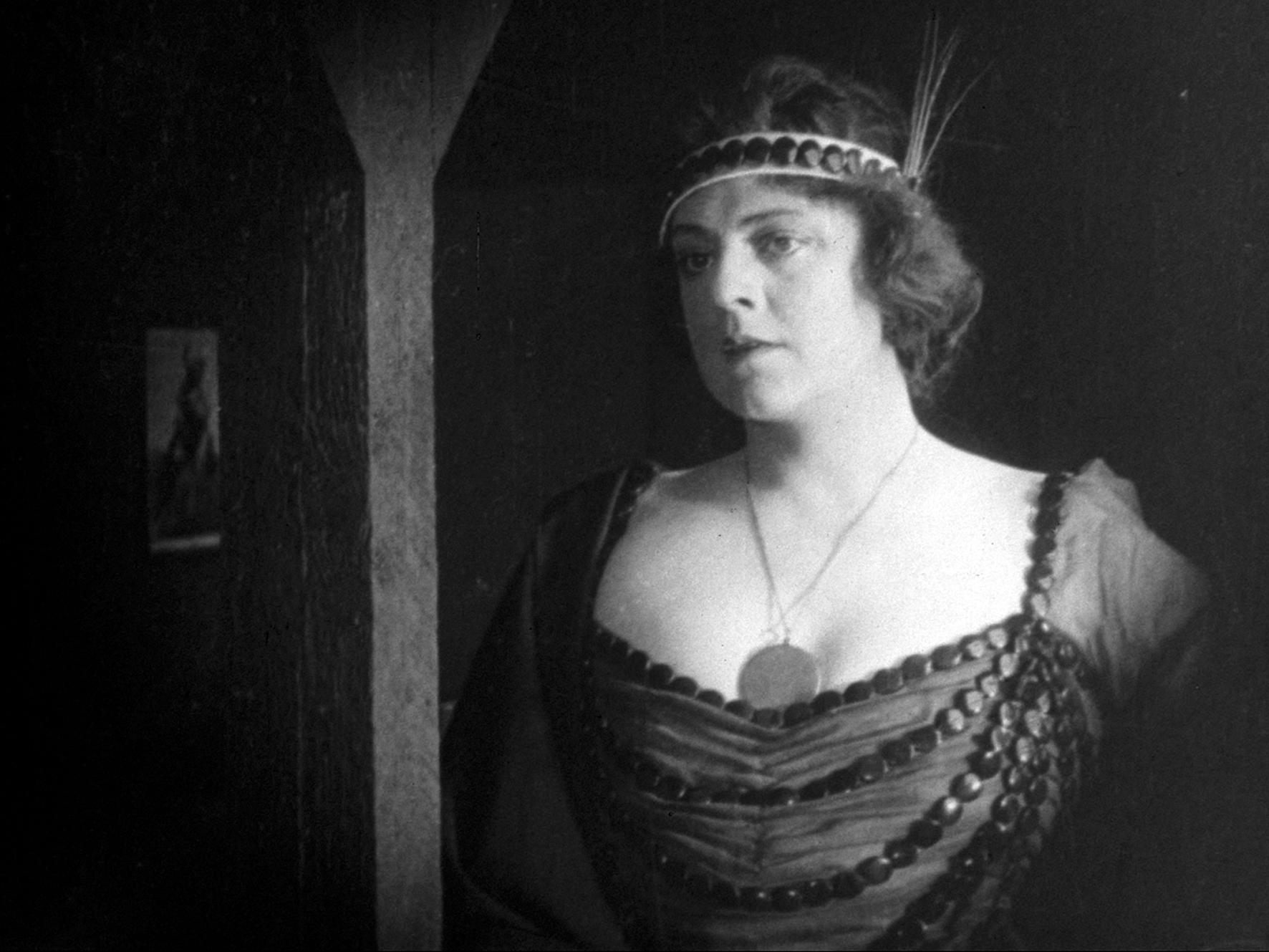 Hayley Chase,Sophie Cookson Porno archive Ian Richardson (1934?007),Will Sasso